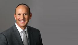 Predseda svetovej federácie asociácií priameho predaja Doug DeVos zhodnotil rok 2016
